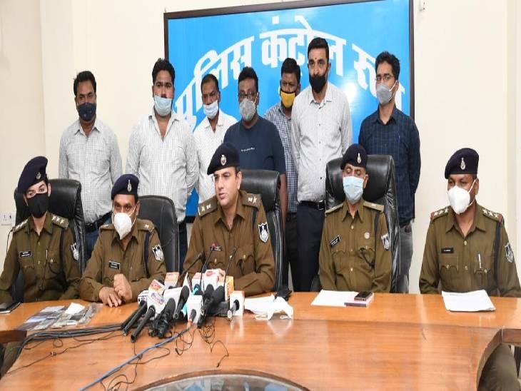 रेस्टोरेंट मालिक पर चाकू से वार कर लूट करने वाले चार बदमाश, ताे माढ़ोताल में बाइक-मोबाइल छीनने वाले दो लुटेरों को पुलिस ने दबोचा|जबलपुर,Jabalpur - Dainik Bhaskar
