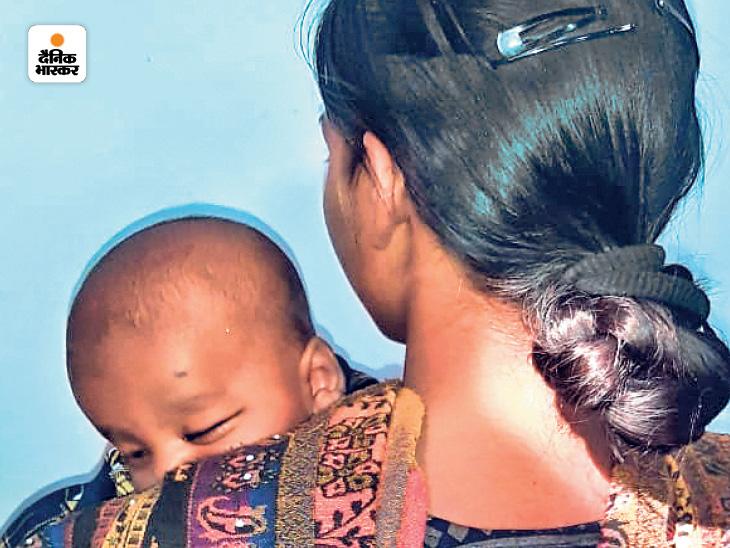 नाबालिग दंपती के गुनाह की सजा 4 महीने का मासूम न भुगते, इसलिए जज ने सबूत होते हुए भी आरोपी पिता को किया बरी|बिहारशरीफ,Bihar Sharif - Dainik Bhaskar