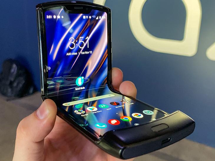 सैमसंग से लेकर मोटोरोला और शाओमी तक, इन 6 प्रीमियम स्मार्टफोन की कीमत हुई कम टेक & ऑटो,Tech & Auto - Dainik Bhaskar
