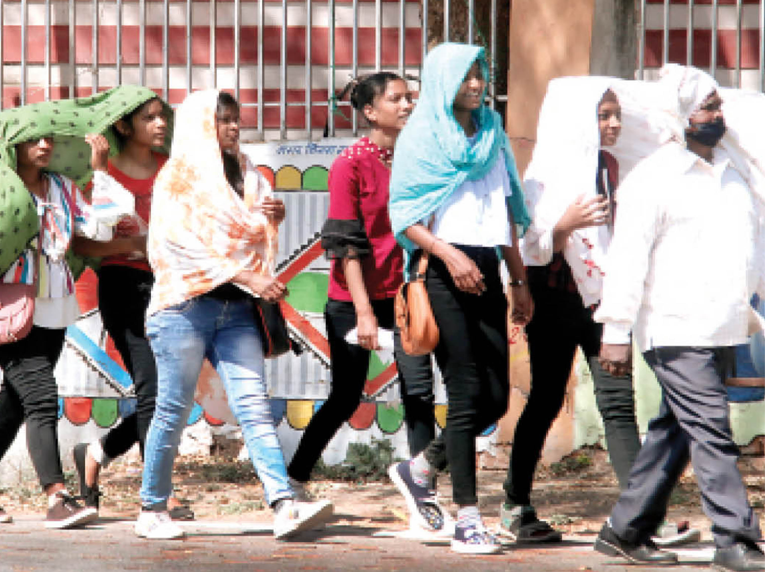 इस बार मार्च में ही लू चलने की आशंका; 40 डिग्री तक पहुंच सकता है तापमान ग्वालियर,Gwalior - Dainik Bhaskar