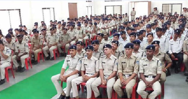 भोपाल में पुलिसकर्मियों के लिए अलग से 50 विस्तरों वाला सर्वसुविधा युक्त अस्पताल बनेगा। - प्रतीकात्मक फोटो - Dainik Bhaskar