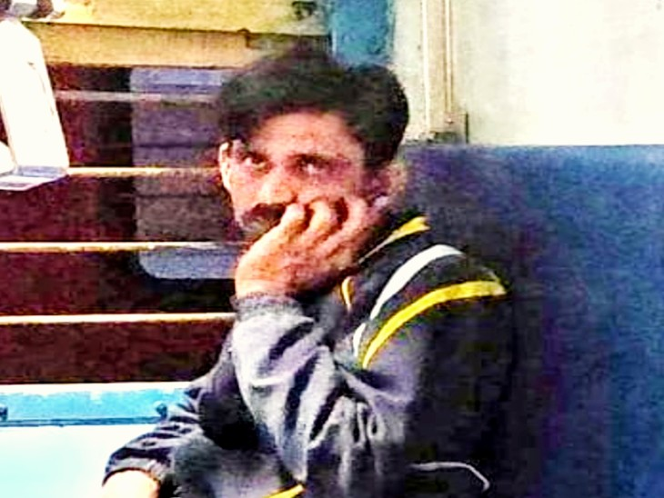 क्या अब ट्रेन में भी महिलाएं सुरक्षित नहीं हैं ?: उदयपुर स्टेशन पर खड़ी ट्रेन में युवक ने युवती को दिखाया गुप्तांग, अश्लील हरकतें कर युवती को किया परेशान