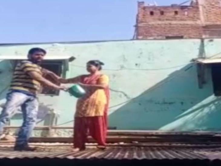अतिक्रमणकारी ने पुलिस के सामने खुद पर डाला केरोसिन; अमले के हाथ पैर फूले, परिवार को थाने ले जाने के बाद तोड़ा अतिक्रमण जबलपुर,Jabalpur - Dainik Bhaskar