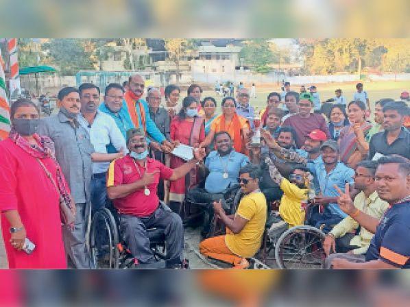 खेलकूद स्पर्धा: खंडवा ने जीती दिव्यांग व्हीलचेयर और दिव्यांग स्टैंडिंग स्पर्धा
