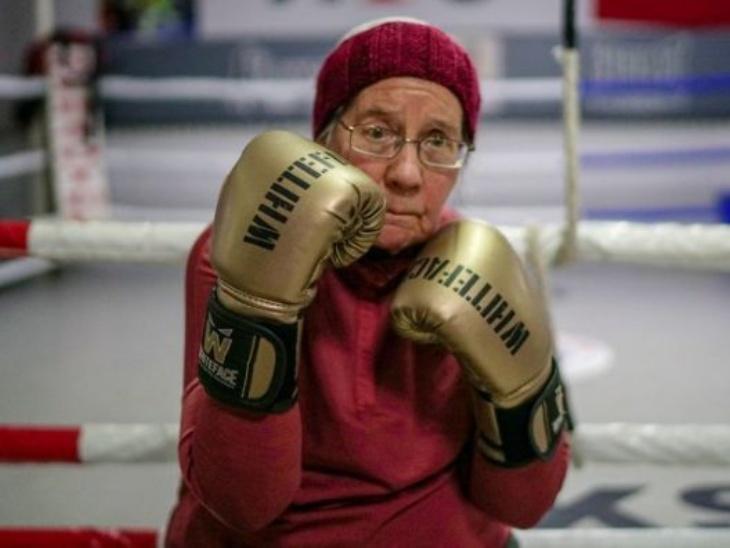नैंसी स्ट्रेटन पार्किंसंस को मात देने के लिए पिछले 6 सालों से बॉक्सिंग कर रही हैं, उन्हें रिंग में देखकर हैरान हो जाते हैं लोग|लाइफस्टाइल,Lifestyle - Dainik Bhaskar