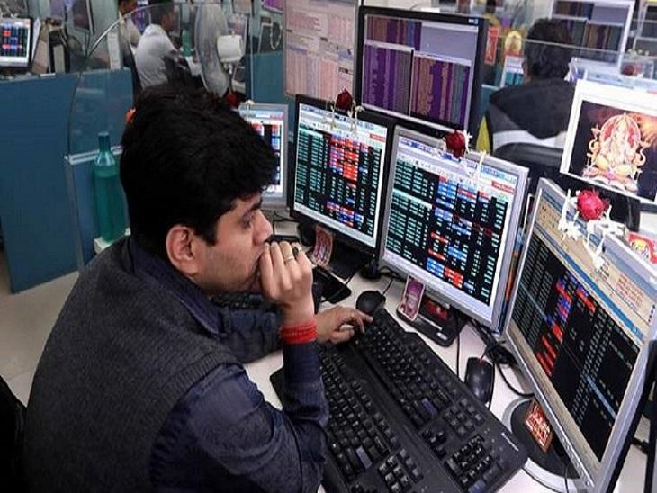 BSE सेंसेक्स 440 पॉइंट गिरकर 50,405 पर बंद, इंडसइंड बैंक का शेयर 4% फिसला बिजनेस,Business - Dainik Bhaskar