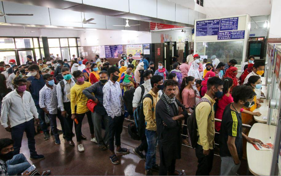 राज्य में 24 घंटे में 467 केस आए, यह बीते एक महीने में सबसे ज्यादा; इंदौर में 173 और भोपाल 104 मरीज मिले मध्य प्रदेश,Madhya Pradesh - Dainik Bhaskar
