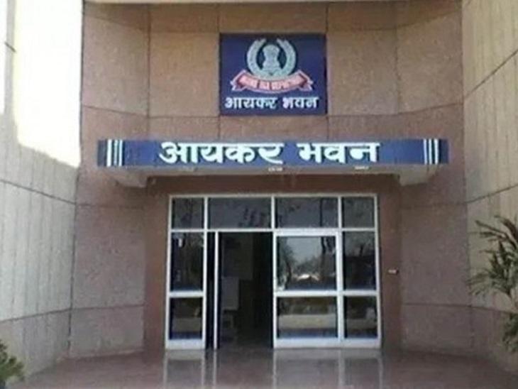 डिपार्टमेंट ने 4 मार्च को चेन्नई के दो ग्रुपों के देशभर में स्थित 27 ठिकानों पर छापे मारे हैं।   -फाइल फोटो - Dainik Bhaskar