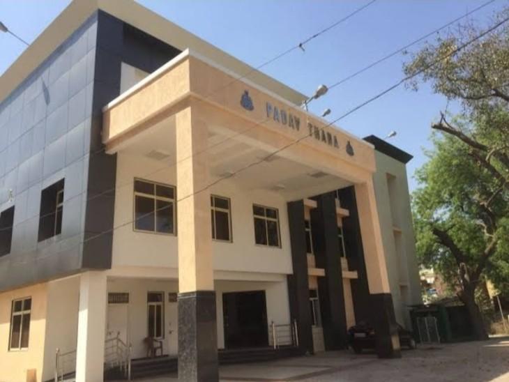 कंपनी को आर्थिक नुकसान पहुंचाना स्वीकार करने वाला मैनेजर पैसे देने से मुकरा तो कंपनी ने दर्ज कराई FIR|ग्वालियर,Gwalior - Dainik Bhaskar