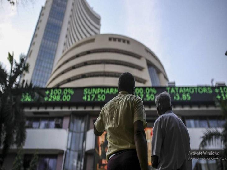 शेयर मार्केट LIVE: सेंसेक्स 460 पॉइंट चढ़कर 50,900 पर पहुंचा, बैंकिंग और ऑटो शेयरों में तेजी