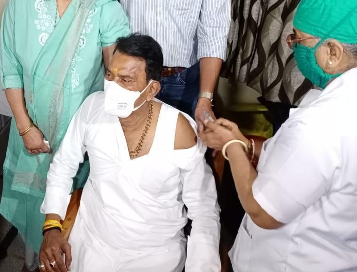 जब सिंधिया जी कांग्रेस में थे तब उस समय राहुल गांधी को याद नहीं आई, उस समय करना था सम्मान इंदौर,Indore - Dainik Bhaskar