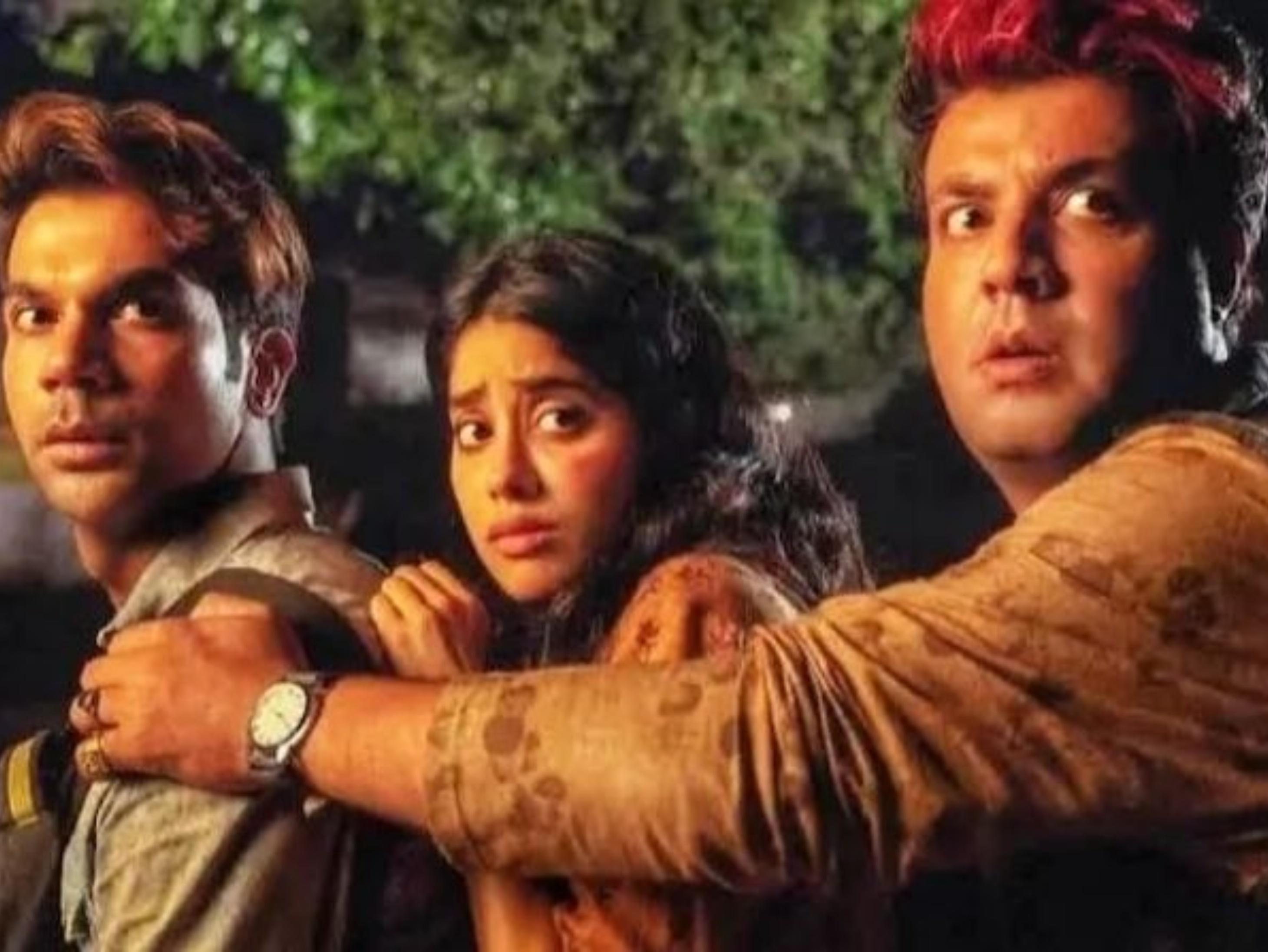 राजकुमार राव और जाह्नवी की फिल्म रूही ने संडे को किया अच्छा बिजनेस, 12.58 करोड़ पहुंचा कलेक्शन|बॉलीवुड,Bollywood - Dainik Bhaskar