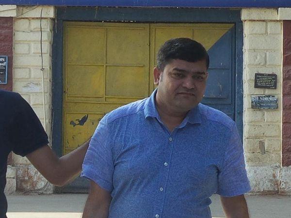कुख्यात भू-माफिया और गैंगस्टर जयेश पटेल लंदन से अरेस्ट, वकील की हत्या कर भाग गया था ब्रिटेन; भारत लाने की कवायद शुरू|गुजरात,Gujarat - Dainik Bhaskar