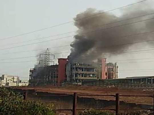 महाराष्ट्र में बड़ा हादसा: रत्नागिरी में केमिकल फैक्ट्री में धमाके के बाद आग लगी, चार की मौत; 50 लोगों को रेस्क्यू किया गया -