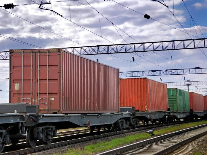 रेलवे को यात्री सेवा से होने वाली इनकम 71% घटी, लेकिन माल ढुलाई की आमदनी में हुआ 2% इजाफा|बिजनेस,Business - Dainik Bhaskar
