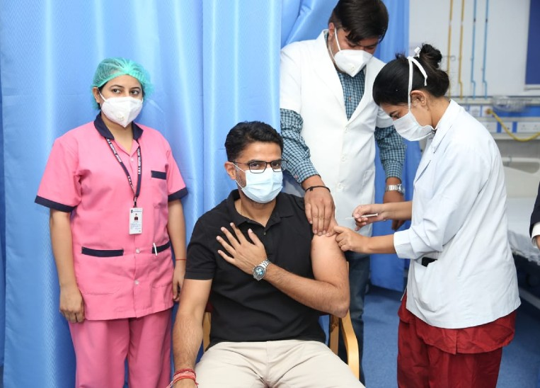 पायलट ने लगवाया कोरोना का टीका, 28 को असम में चुनाव प्रचार करने जाएंगे सचिन|जयपुर,Jaipur - Dainik Bhaskar