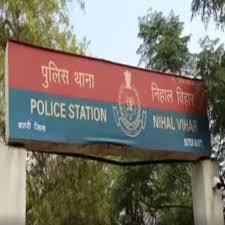 हरियाणा से अवैध शराब लाकर दिल्ली में तस्करी करने वाला गिरफ्तार|दिल्ली + एनसीआर,Delhi + NCR - Dainik Bhaskar