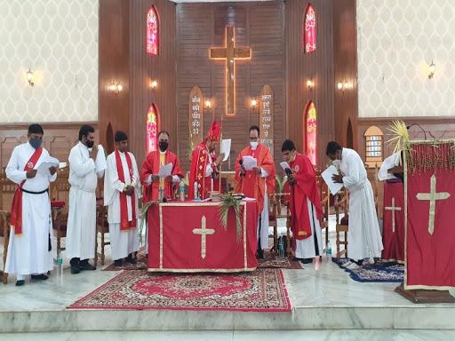 छत्तीसगढ़ के सभी चर्चों में आन लाइन मनाया गया पाम संडे, हुई आराधना विश्व को संकट से बचाने के लिए मांगी गई दुआएं, अगले रविवार को मनेगा ईस्टर|रायपुर,Raipur - Dainik Bhaskar