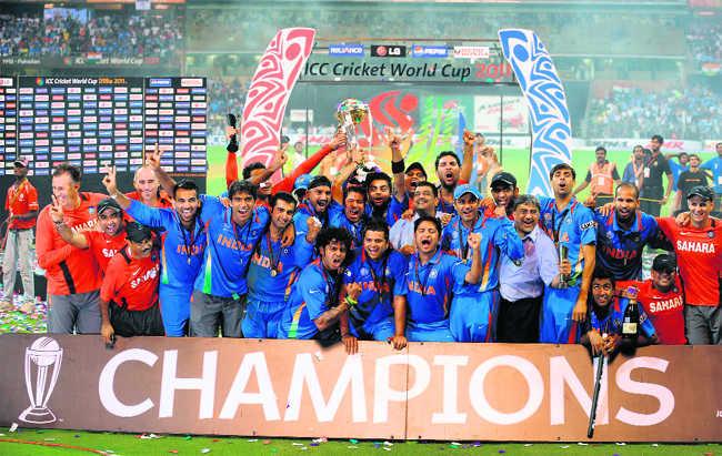 2011 वर्ल्ड कप विजेता भारतीय टीम।