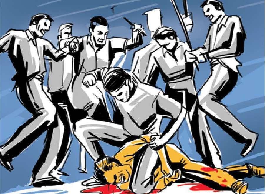 जालंधर में धारदार हथियार से टाइल्स मिस्त्री के दोनों हाथ किए बुरी तरह जख्मी, बाइक काे भी लगा दी आग जालंधर,Jalandhar - Dainik Bhaskar