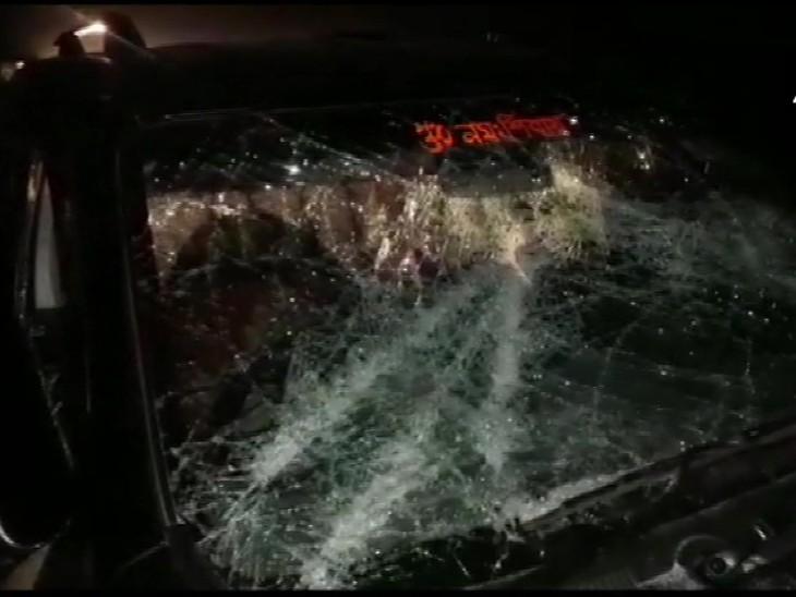 बंगाल BJP चीफ दिलीप घोष के काफिले पर हमला, गाड़ी के शीशे तोड़े; ममता की रैली से लौट रहे TMC वर्कस पर आरोप देश,National - Dainik Bhaskar