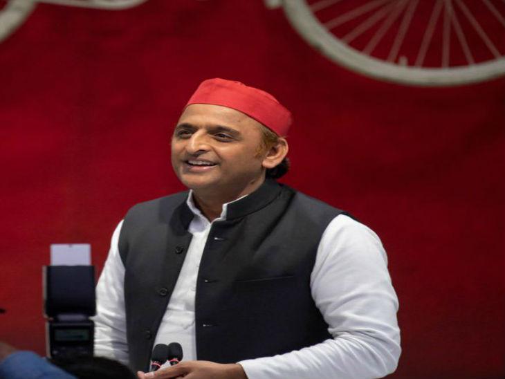 अखिलेश यादव का CM योगी पर तंज, कहा- जिन्हें महामारी में जनता के साथ खड़ा होना चाहिए, वो स्टार प्रचारक बने घूम रहे हैं लखनऊ,Lucknow - Dainik Bhaskar