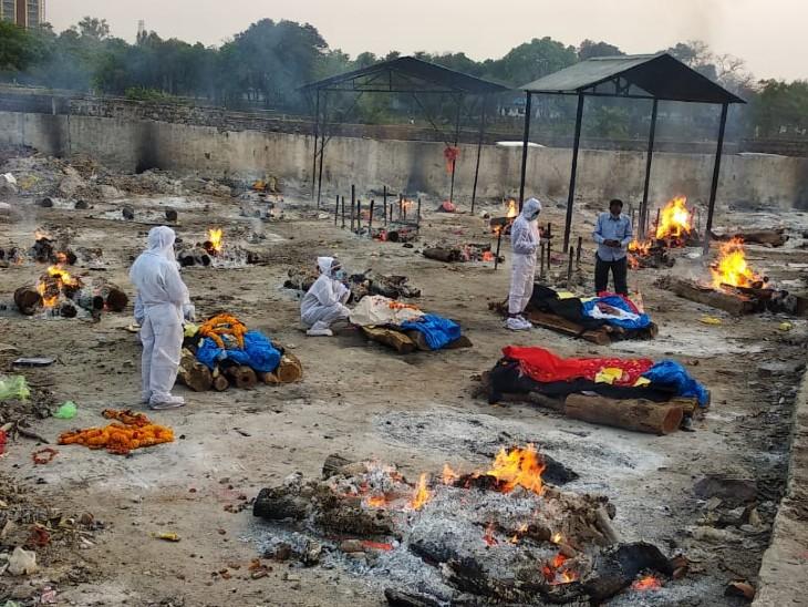 भोपाल के भदभदा विश्रामघाट में शवों का अंतिम संस्कार। - Dainik Bhaskar