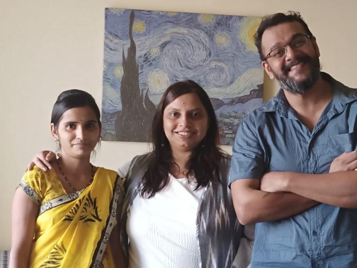अपने पति रोहन के साथ रुचिरा। बिजनेस करने से पहले रुचिरा बतौर प्रोडक्ट मैनेजर एक कंपनी में काम कर चुकी हैं।