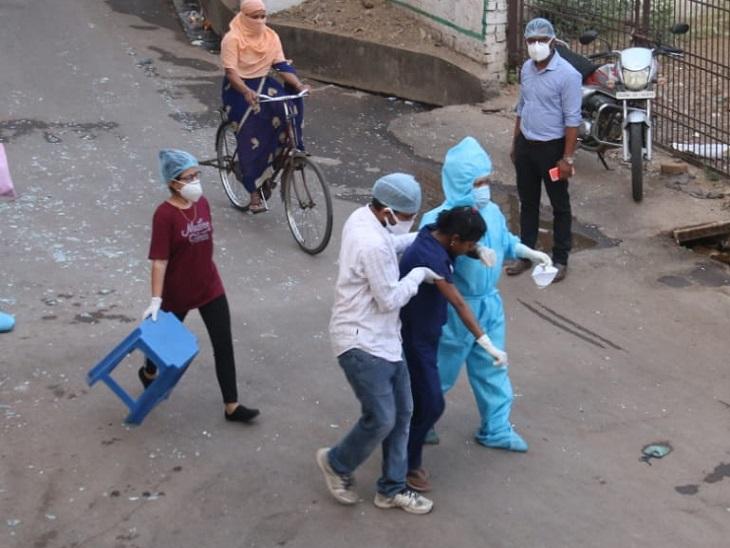 कुछ मरीजों की किस्मत अच्छी थी वो सुरक्षित बाहर निकाल लिए गए।