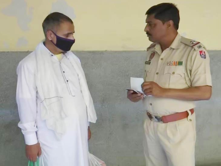 गलती से लांघ गया बॉर्डर, 14 साल बाद लौटा पाकिस्तान की कोट लखपत जेल से अपने वतन; बोला-भारतीयों से की जाती है ज्यादती पंजाब,Punjab - Dainik Bhaskar
