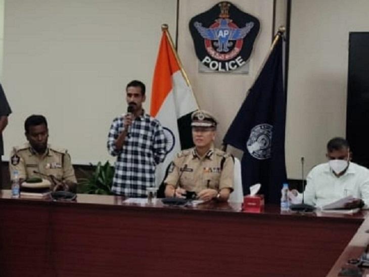 आंध्र प्रदेश में मुत्तानागरी जालंधर रेड्डी ने डाले हथियार, 10 साल पहले मलकानगिरी कलेक्टर को किया था अगवा|छत्तीसगढ़,Chhattisgarh - Dainik Bhaskar