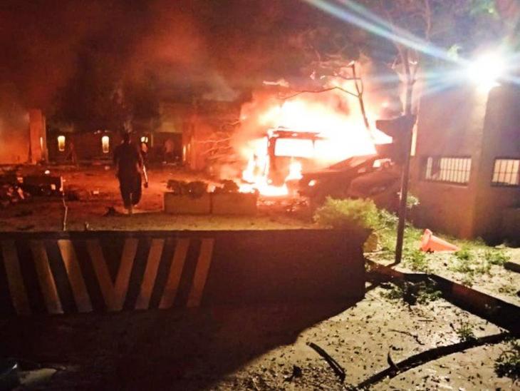 Pakistan Blast |  Blast in Quetta, capital of Balochistan;  Killed many |  5 killed in blast at hotel in Quetta, capital of Balochistan  Preparing to send