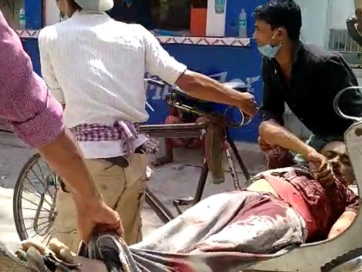 रजनीश मेडिकल के संजीव सिन्हा को बगल के दवा दुकानदार ने कट्टा-पिस्टल से मारी गोली, PMCH में मौत; स्टाफ घायल|पटना,Patna - Dainik Bhaskar