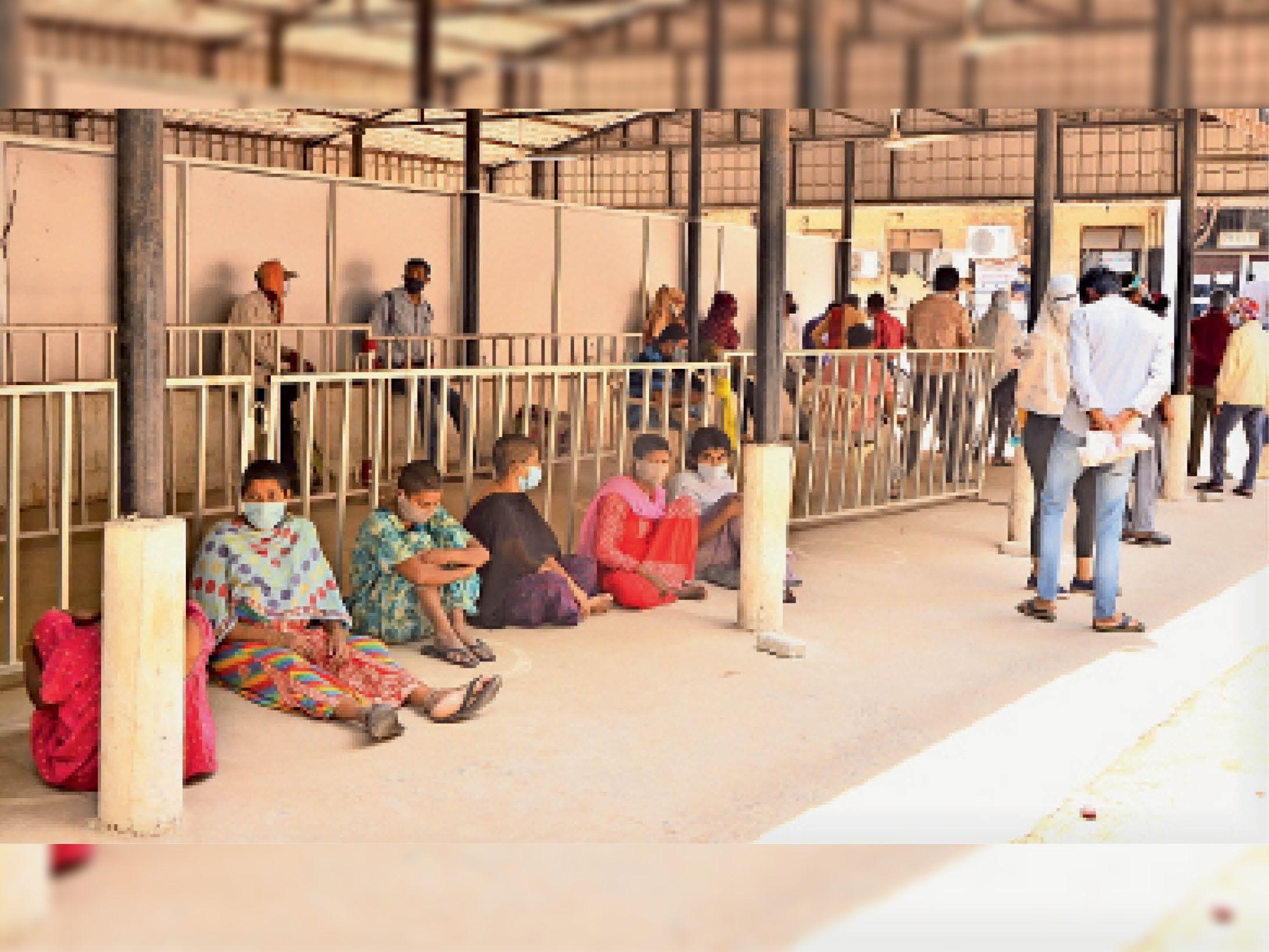 प्रदेश का तीसरा जिला बिलासपुर जहां एक्टिव केस 10 हजार से अधिक, 1424 मरीज, 64 की मृत्यु|बिलासपुर,Bilaspur - Dainik Bhaskar