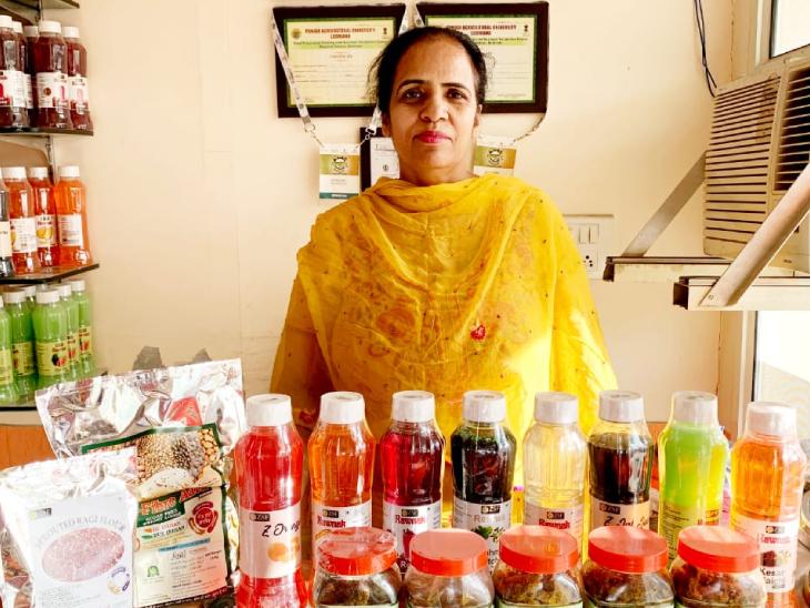 50 साल की उम्र में बलविंदर ने 10 हजार रु. लगाकर अचार बेचने का बिजनेस शुरू किया, अब हर महीने 1.5 लाख कमाई DB ओरिजिनल,DB Original - Dainik Bhaskar