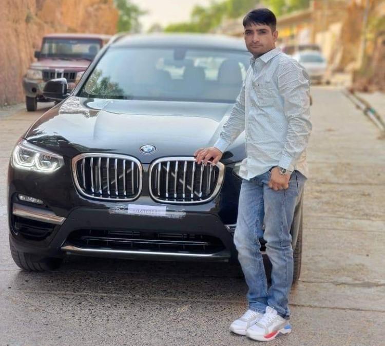 पोस्टमार्टम रिपोर्ट में खुलासा- कमलेश के सीने पर 2, कंधे और कमर के नीचे एक एक गोली मारी गई, पुलिस का दावा- एक फायर गाड़ी पर, 3 पैरों पर किए|जयपुर,Jaipur - Dainik Bhaskar