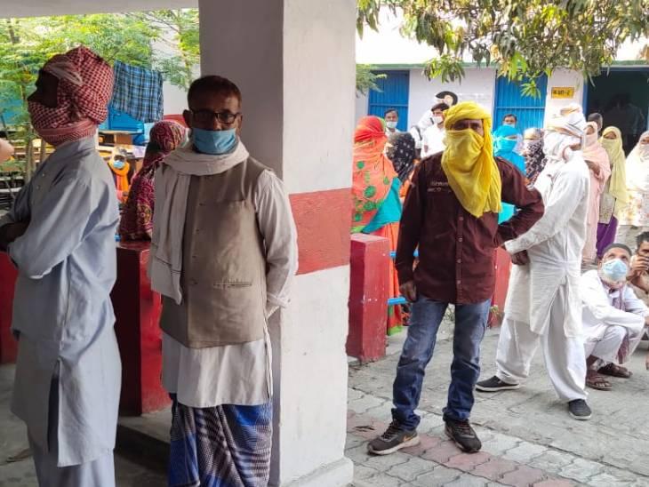 बलरामपुर में 15,619 प्रत्याशियों के भाग्य का आज फैसला होगा। 16,78,774 मतदाता करेंगे अपने मताधिकार का प्रयोग।