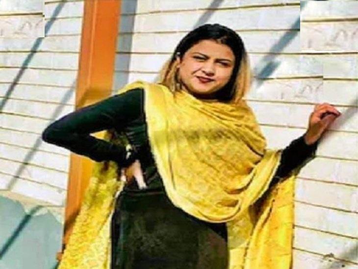 होटल में कमरे में मृत मिली युवती सिमरन। - Dainik Bhaskar