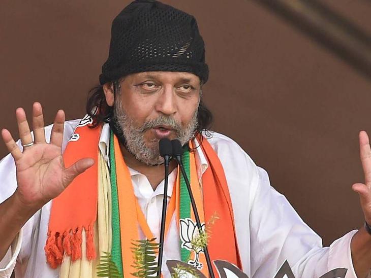 मीडिया में वायरल हुई थी 70 साल के अभिनेता के कोविड पॉजिटिव होने की खबर, बेटे मिमोह ने कहा- डैडी एकदम ठीक हैं|बॉलीवुड,Bollywood - Dainik Bhaskar