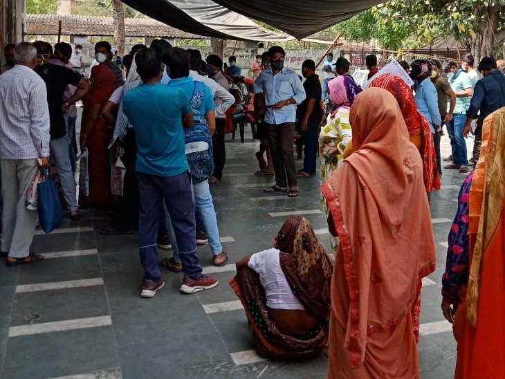 जिले के लगातार चौथे दिन 1 हजार से अधिक कोरोना संक्रमित आए, प्रदेश में तीसरे नम्बर पर, अब 10 हजार से ज्यादा एक्टिव केस|अलवर,Alwar - Dainik Bhaskar