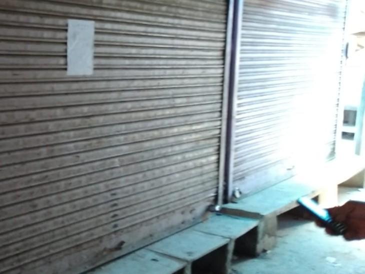 कोरोना संक्रमण के बढ़ते केस को लेकर अलवर केड़लगंज व्यापारियों ने किया निर्णय, बाजारों में दुकानें हो रही सील|अलवर,Alwar - Dainik Bhaskar