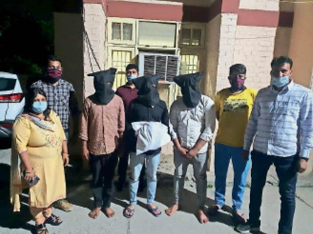 19 रेमडेसिविर इंजेक्शन के साथ मेडिकल स्टाेर संचालक और 2 दाेस्त गिरफ्तार, 66.05 लाख रुपए में बेचने थे पानीपत,Panipat - Dainik Bhaskar
