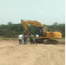 पुलिस व वन अफसरों ने अवैध रेत खदान से एलएनटी मशीन की जब्त। - Dainik Bhaskar