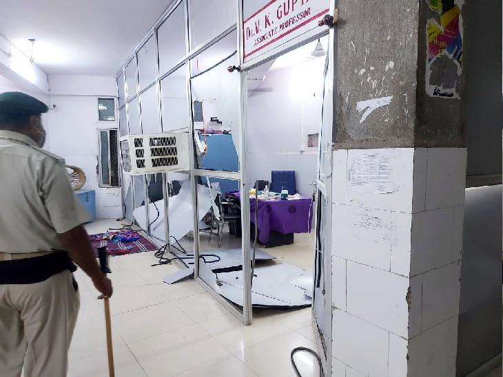 जूनियर डॉक्टरों ने कहा- लोगों के आक्रोश से खतरे में उनकी जान;सुरक्षा की शर्त के साथ वापस काम पर लौटे|पटना,Patna - Dainik Bhaskar