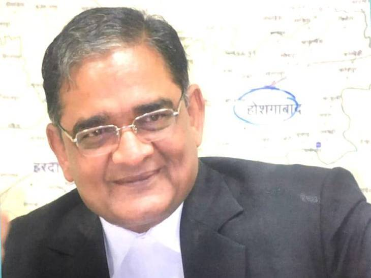 मप्र राज्य अधिवक्ता परिषद के अध्यक्ष ने संक्रमण फैलने से रोकने के लिए पत्र लिखा है। - Dainik Bhaskar