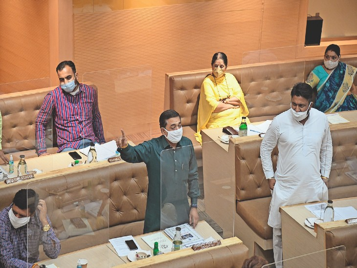 वेंटीलेटर के लिए वार्ड डेवलपमेंट फंड से 5-5 लाख देंगे पार्षद, कहा- बढ़ते केस को देखते हुए वेंटीलेटर की जरूरत बढ़ेगी|चंडीगढ़,Chandigarh - Dainik Bhaskar