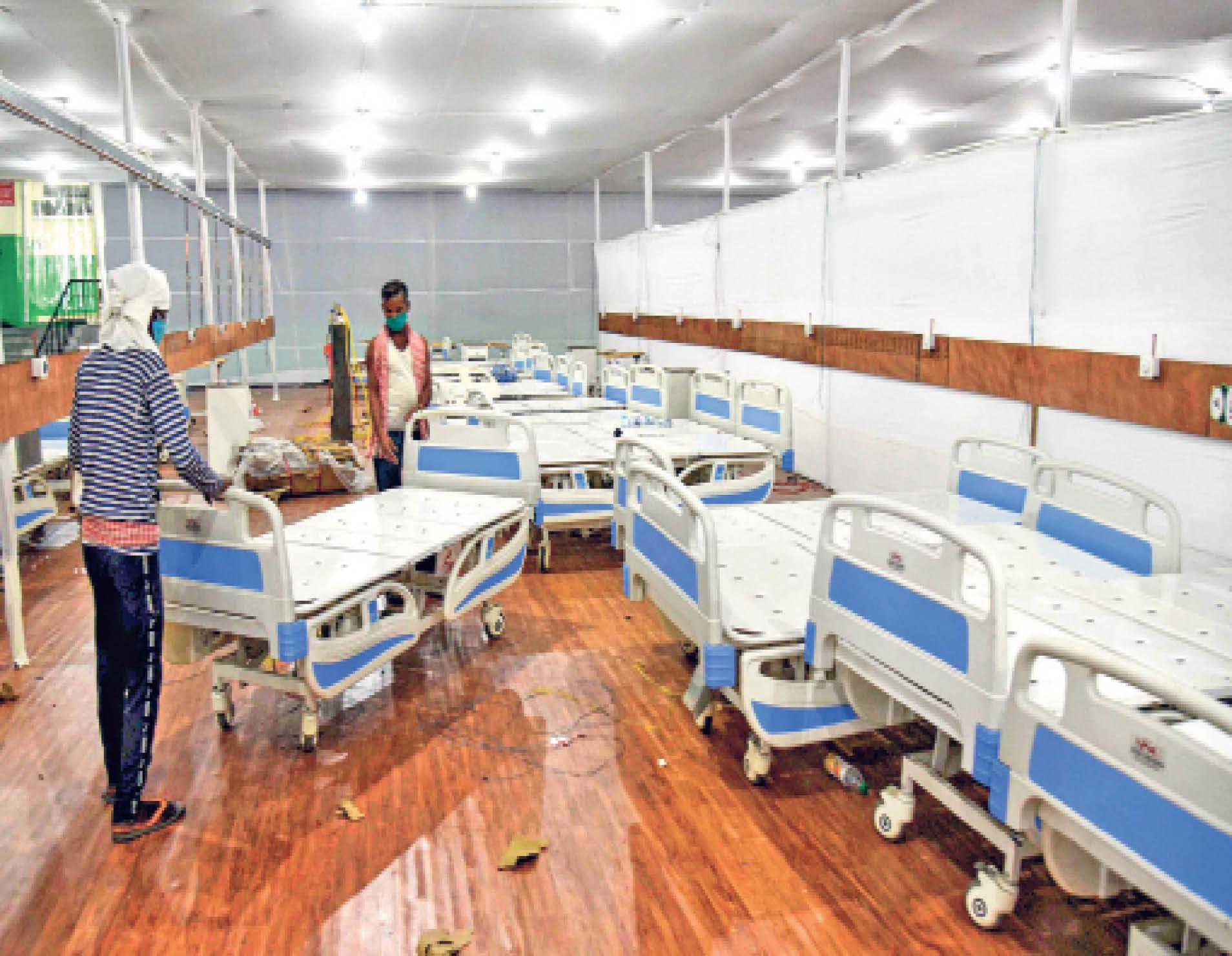 पटना के पाटलिपुत्र स्टेडियम में अस्थाई अस्पताल का निर्माण शुरू ऐसा ही मुजफ्फरपुर में भी बनेगा - Dainik Bhaskar