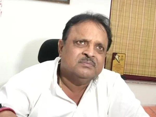 चिकित्सा मंत्री रघु शर्मा। (फाइल फोटो) - Dainik Bhaskar