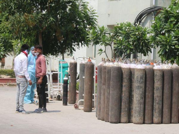 प्राइवेट को भी सरकारी रेट पर ही ऑक्सीजन की सप्लाई देनी होगी चंडीगढ़,Chandigarh - Dainik Bhaskar