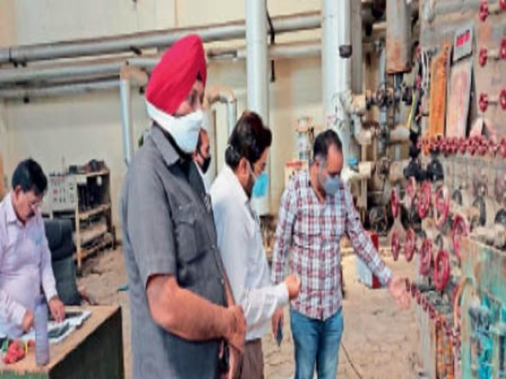 ऑक्सीजन के खाली सिलेंडरों का प्रबंध करने के लिए उत्पादन केंद्रों में पहुंचे डीईटीसी जालंधर,Jalandhar - Dainik Bhaskar
